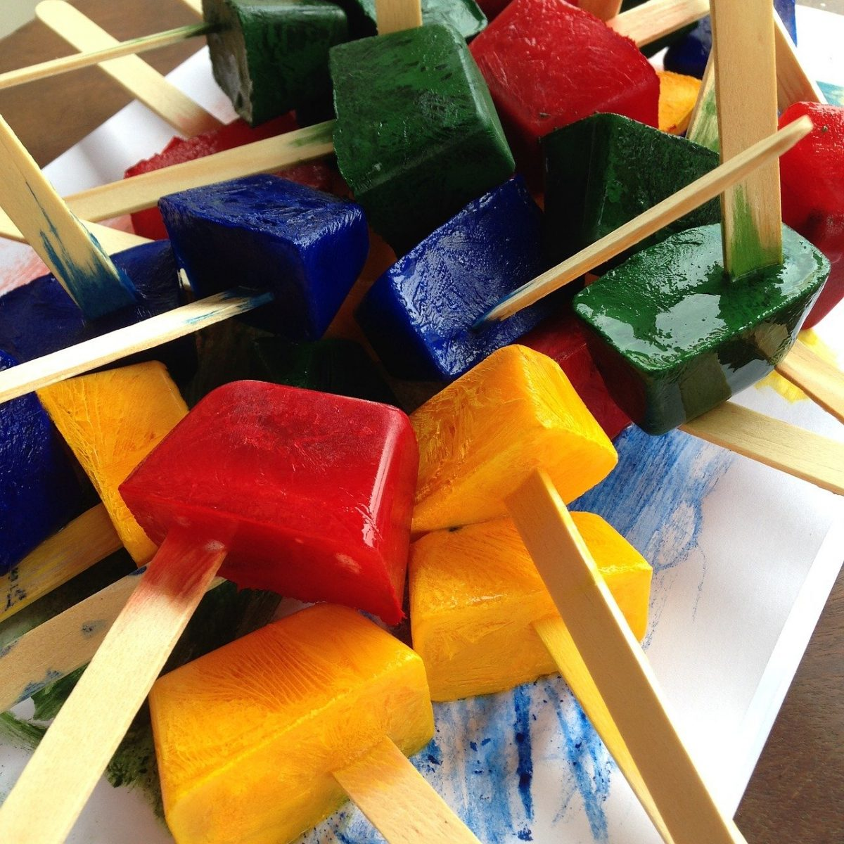 popsicles-735607_1280